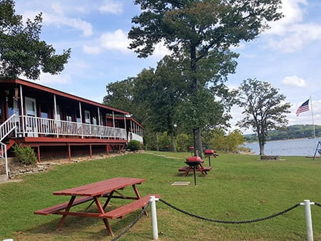 HHR Lakefront grounds 1